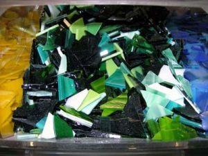 300 gr glasmozaiek groen tinten
